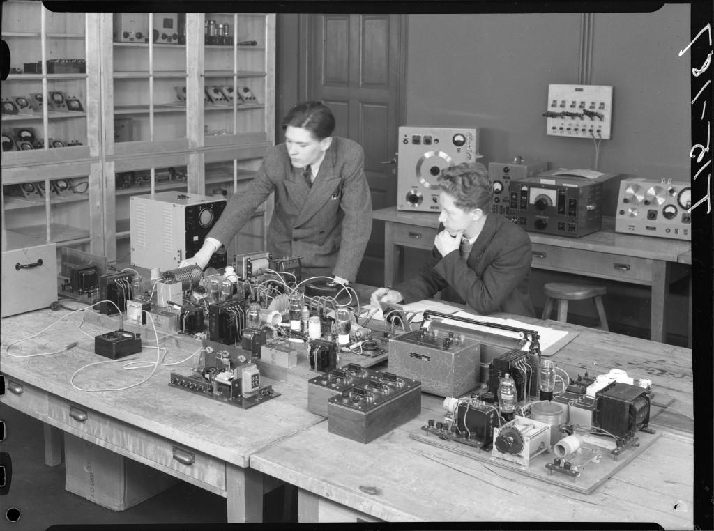 Sähköteknillinen laboratorio