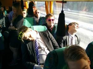Bussissa myös nukuttiin.